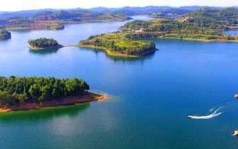 一组图带你飞瞰假日里的美丽四川