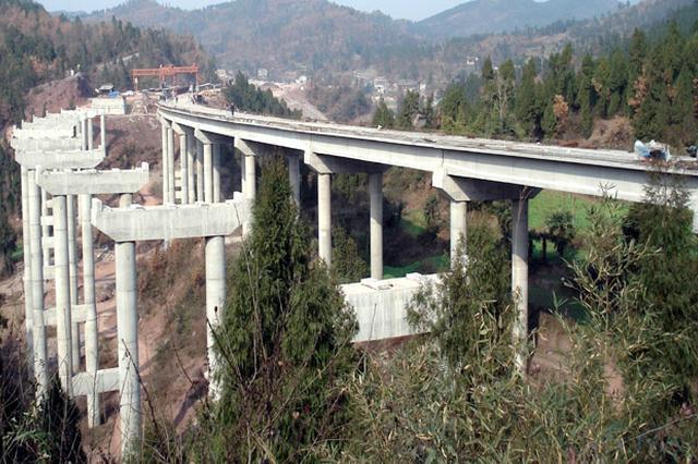 11月24日起 国道317线蒲家沟大桥禁止通行