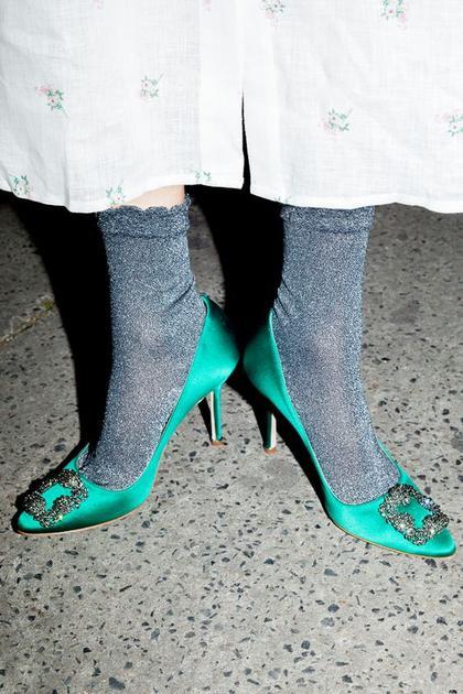 金丝袜搭配高跟鞋
