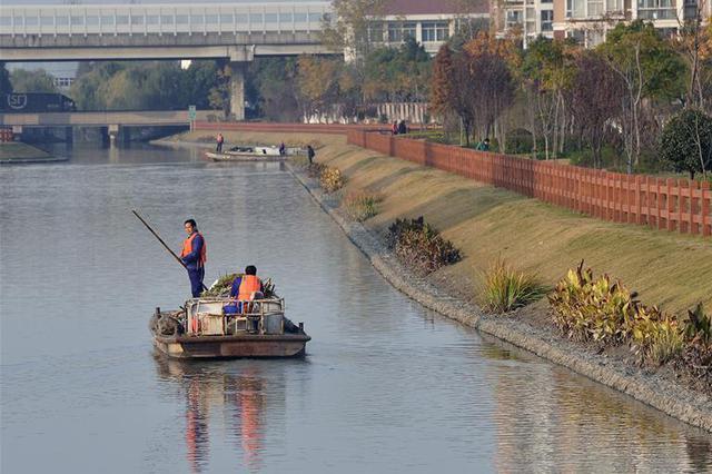 共建共治共享 让河湖长清——四川实施河长制一周年回眸