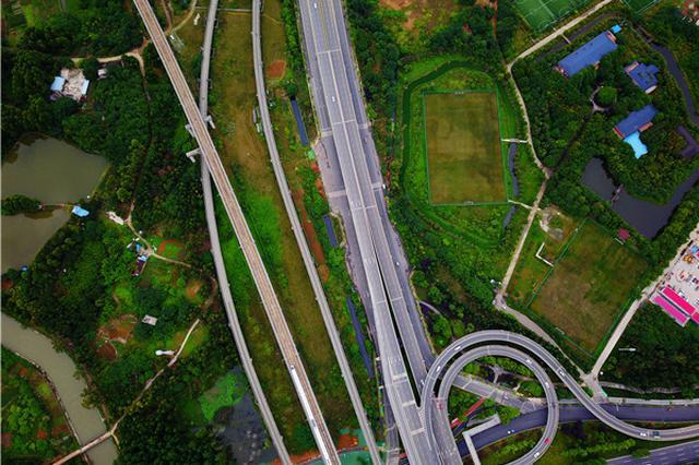 四川已形成30条出川大通道 公路总里程居全国第一