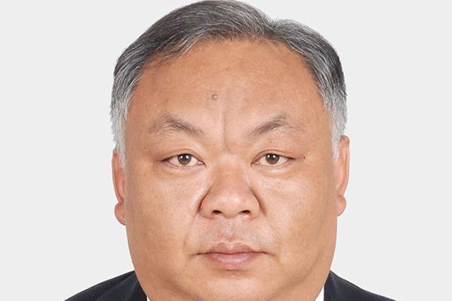 中国青年报评论:不要让基层公务员白头又寒心