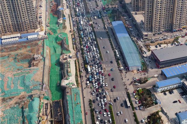 中秋假期四川高速公路总流量达599余万台次 同比升4.1%