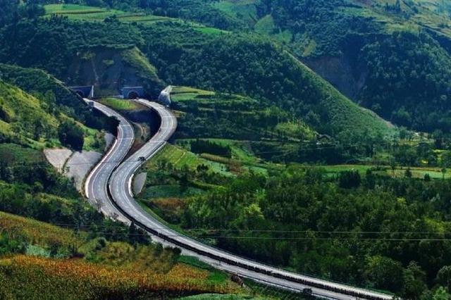 凉山高速公路项目规划建设有序推进