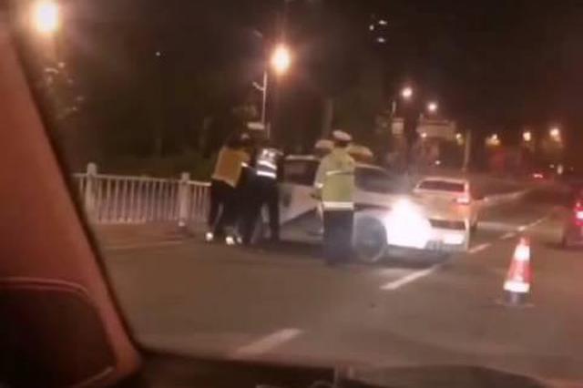 为博眼球他俩开车喝酒录视频 两名男子被行拘14日