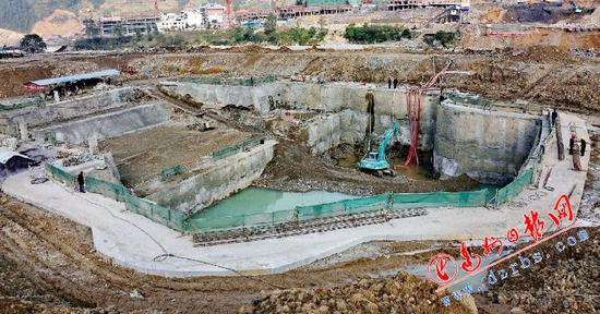 巴山大峡谷景区建设