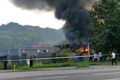 宜宾阳春工业园区发生爆燃事故
