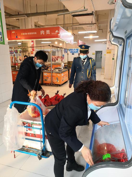 雨城区上里镇白马村向蜀天农贸市场提供土鸡等农副产品