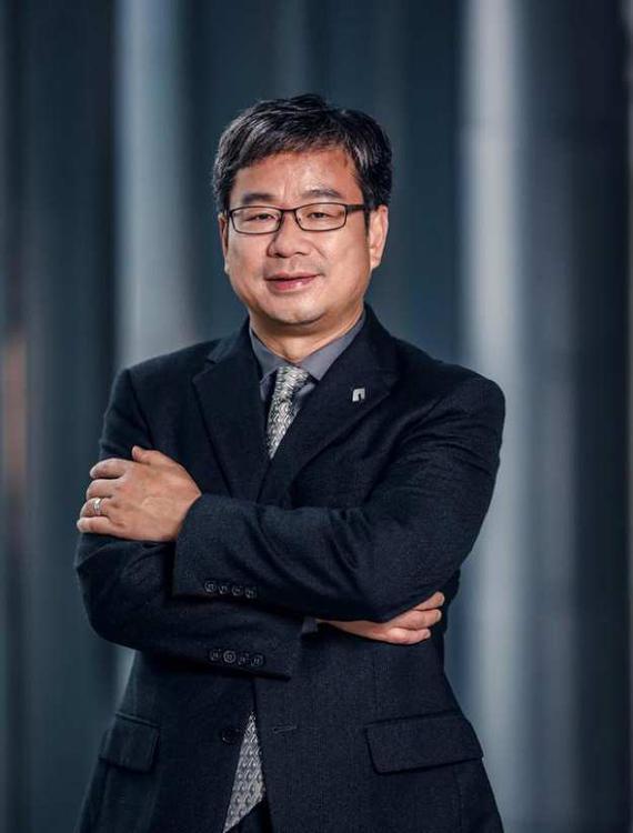 博郡汽车董事长 黄希鸣博士