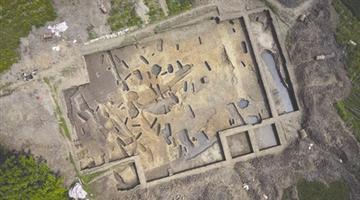 大邑高山古城发现新石器时代遗存