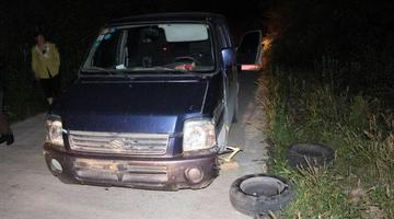 肇事司机驾车逃逸 轮胎却半路罢工了
