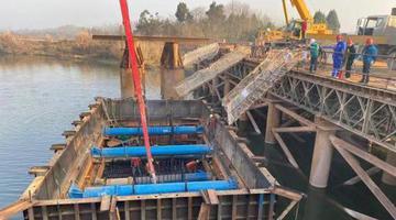 成都三岔湖大桥水下建设加快推进