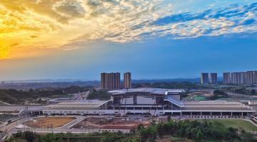 泸州高铁站建设冲刺忙
