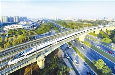 上半年GDP百强城市四川仅有成都 超省内第二到第九位之和