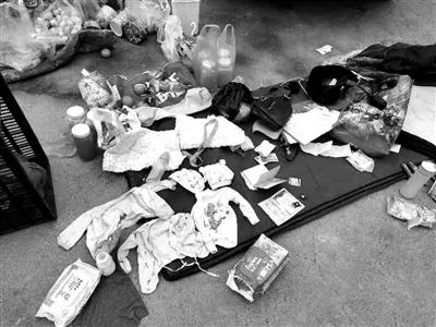 警方查获的贩卖婴儿团伙使用的婴儿产品