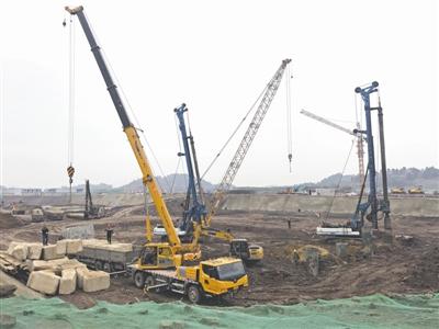 ◀简阳空天产业园项目施工现场