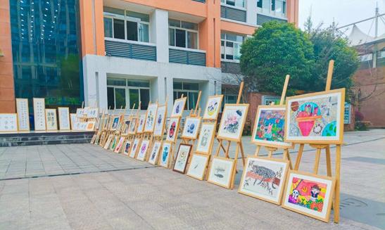 苏辙小学学生艺术作品展示