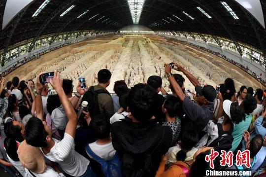 资料图:秦始皇帝陵博物院兵马俑坑。 陕西省文物局 摄
