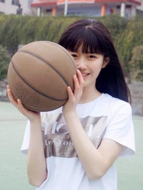 今年最美篮球女孩就是你了