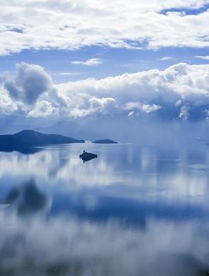 享受宁静 俯瞰冬日泸沽湖