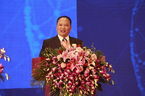 十一届全国政协常委、通威集团董事局主席刘汉元致辞