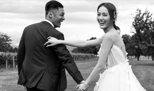 余文乐王棠云墨尔本婚礼!婚纱、兄弟团全公开