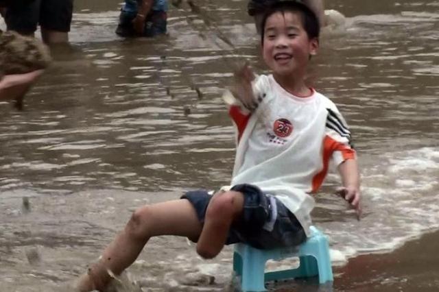 反映四川灾后沧桑巨变 《震后十年》启动拍摄