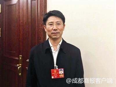 朱世宏:四川将推动中小学课后托管、弹性离校改革