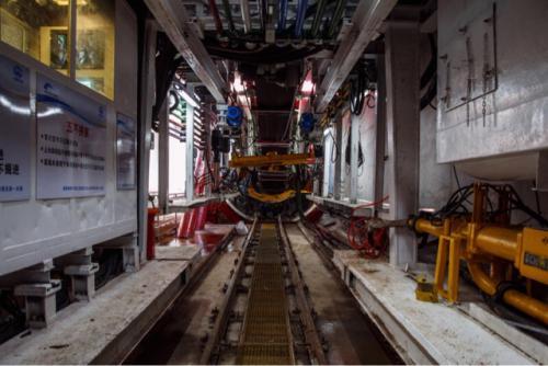 成都地铁1号线三期工程进入最后冲刺阶段 下月开通