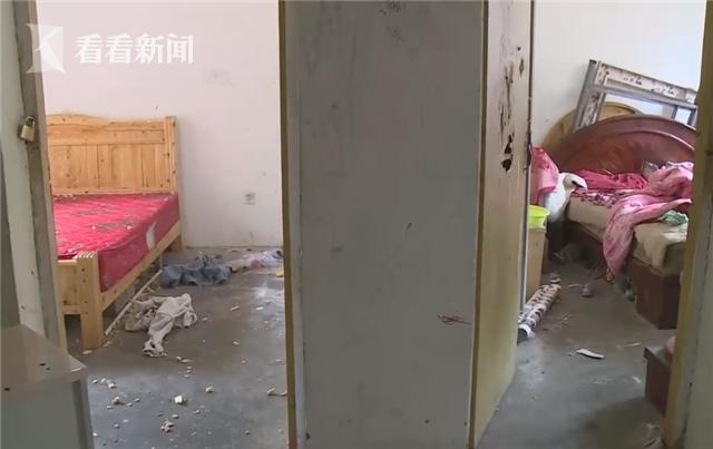 """成都女子怀胎五月突发精神病 自称""""嫦娥""""丈夫崩溃"""