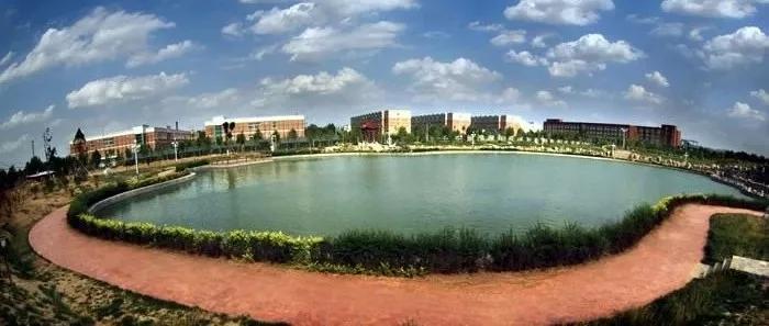 山东英才学院被收购 夏季亭 杨文夫妇拟套现14.9亿元