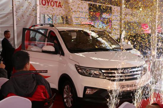 全能MPV 昌河M70在济上市售价5.49万起