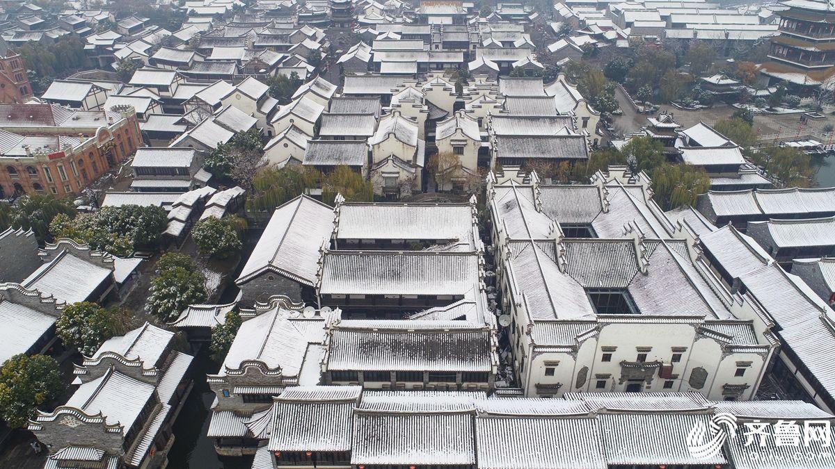 瞰雪后的台儿庄古城美景如画