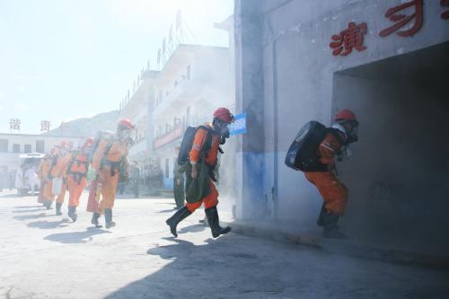 渤海6.5级地震 别怕这是山东最大一次地震救援演练