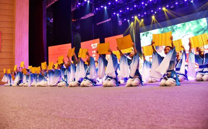 2018孟子故里(邹城)母亲文化节开幕式隆重举行
