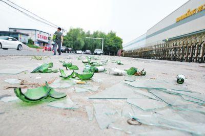 烟台:碎玻璃直插心脏 6岁男童经历生死两小时获救