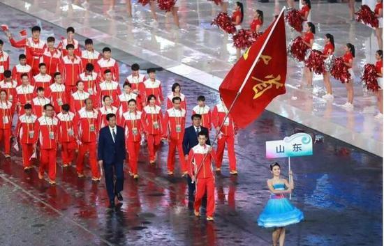 △全运会赛场上,山东已经连续三届金牌榜、奖牌榜位列第一。