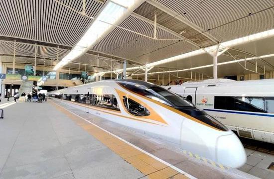 青荣城铁新运行图 新开威海至安庆 南京 上海列车