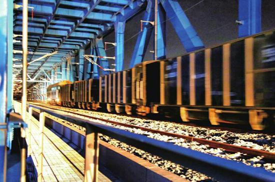 """石济客专迎来开通前""""大考"""" 济南黄河公铁两用桥动静载试验今日结束"""