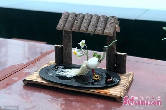 水仙花是中国十大名花之一,是福建省省花、漳州市市花。