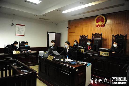 """远程提审 当庭宣判 烟台芝罘法院40分钟完成2件""""隔空""""庭审"""