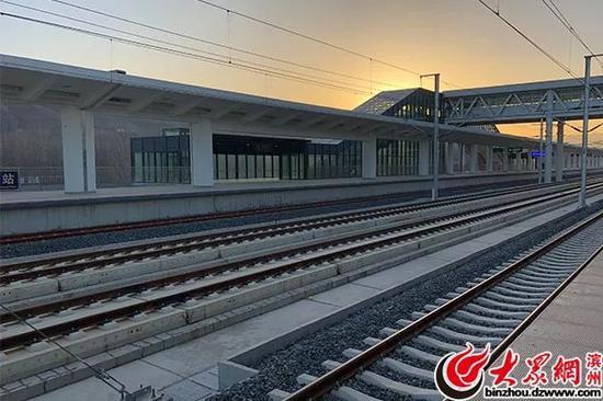 邹平站内列车运行轨道