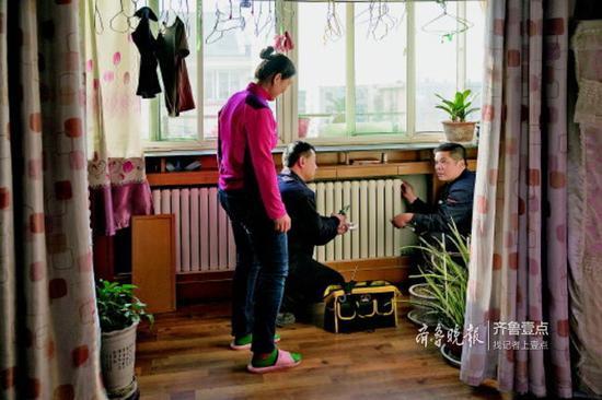 济钢片区居民家里的暖气今冬实现智慧供热。