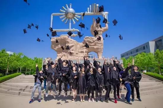 中国石油大学(华东)校园一景