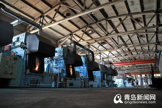 热处理生产线。
