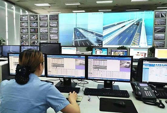胶州湾大桥调度中心