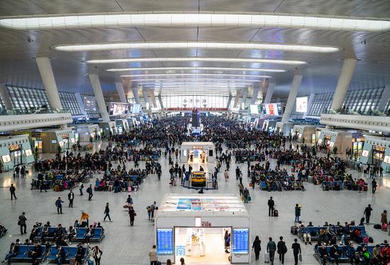 """铁路""""五一""""假期运输结束 国铁济南局发送旅客552.2万人次"""
