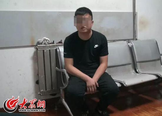 刘某被抓获后,对辱骂交警供认不讳