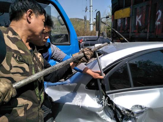 目前,事故车辆已经暂扣,该事故责任明确,任某承担事故全部责任。