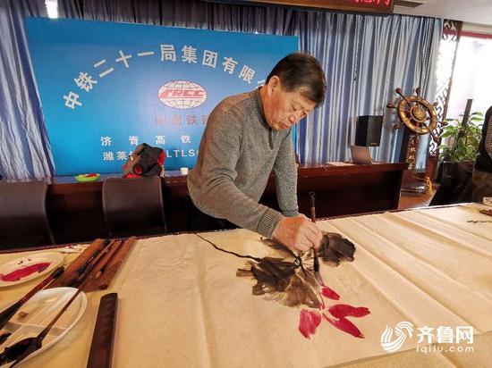 中铁二十一局曾承担济青高铁潍坊北站建设,目前正在建设潍坊至莱西高铁。
